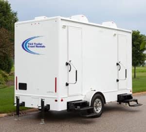 2-room-shower-trailer