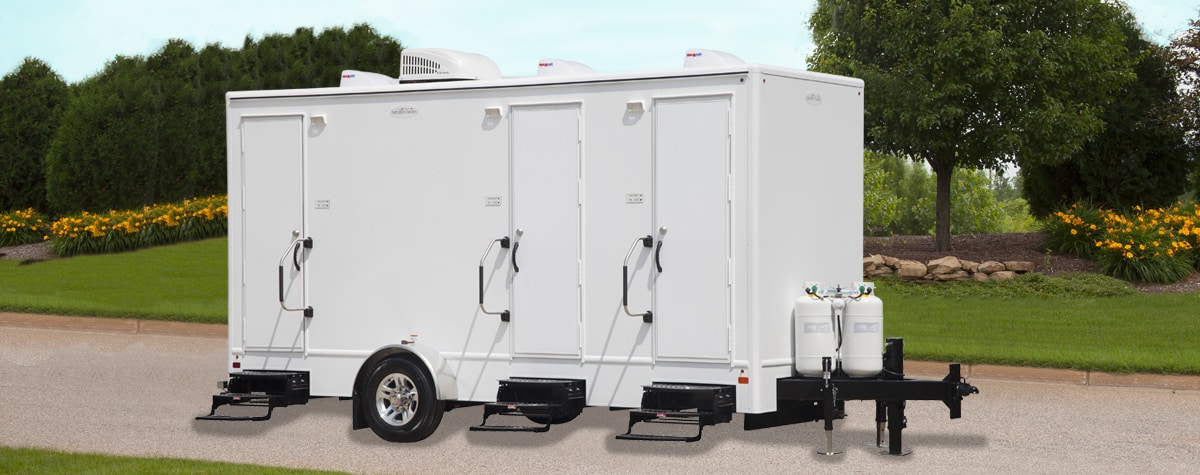 tandd-3-shower-trailer