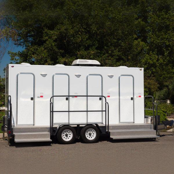 tandd-4-restroom-trailer